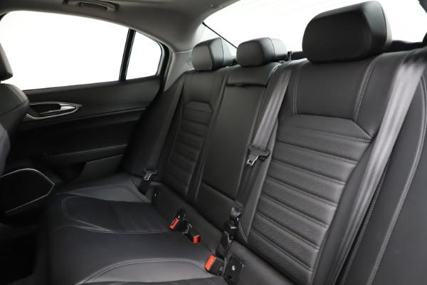 Used 2018 Alfa Romeo Giulia Ti Sport Q4 for sale $34,900 at Maserati of Westport in Westport CT 06880 18