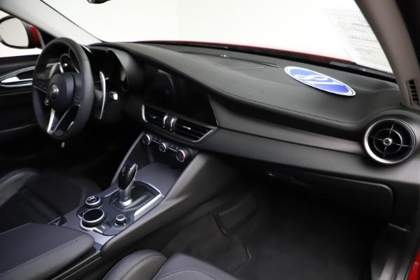 Used 2018 Alfa Romeo Giulia Ti Sport Q4 for sale Sold at Maserati of Westport in Westport CT 06880 24
