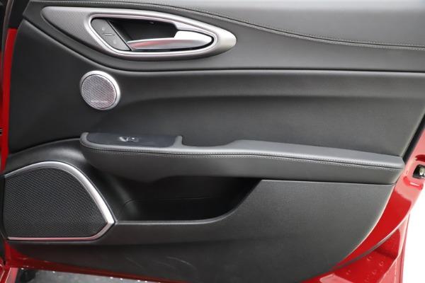 Used 2018 Alfa Romeo Giulia Ti Sport Q4 for sale Sold at Maserati of Westport in Westport CT 06880 25
