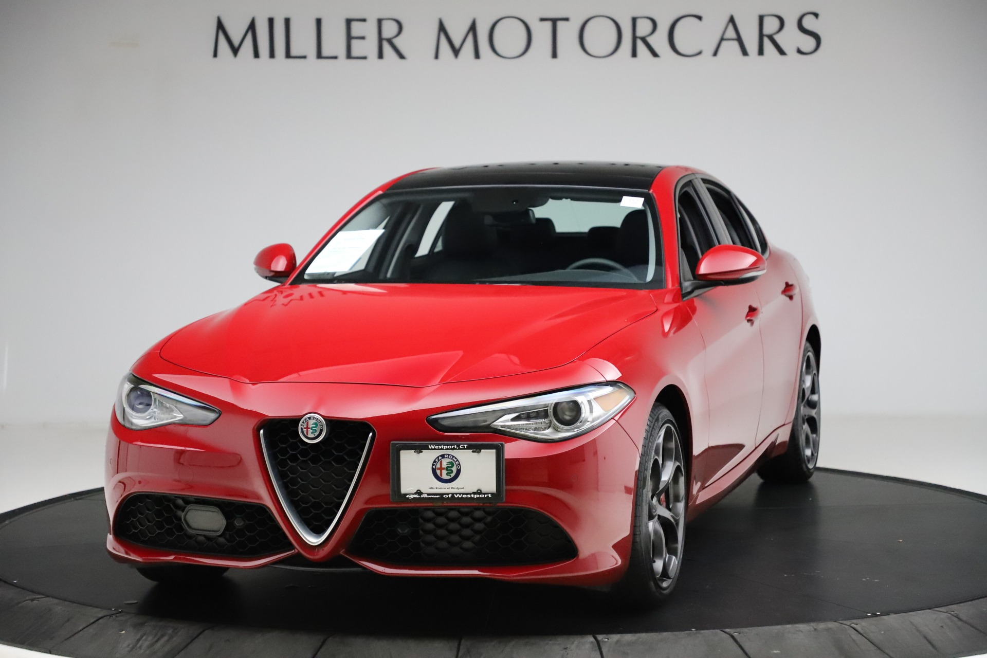 Used 2018 Alfa Romeo Giulia Ti Sport Q4 for sale $34,900 at Maserati of Westport in Westport CT 06880 1