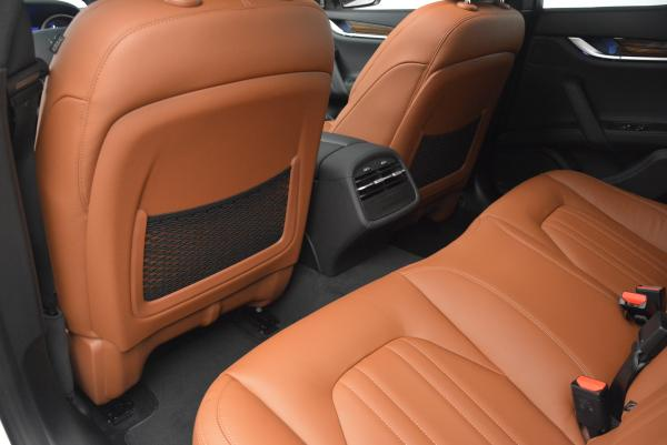 Used 2016 Maserati Ghibli S Q4 for sale Sold at Maserati of Westport in Westport CT 06880 17