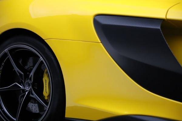 Used 2016 McLaren 675LT Coupe for sale $227,900 at Maserati of Westport in Westport CT 06880 27