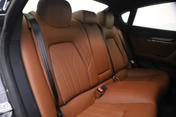 Used 2018 Maserati Quattroporte S Q4 GranLusso for sale $65,900 at Maserati of Westport in Westport CT 06880 24