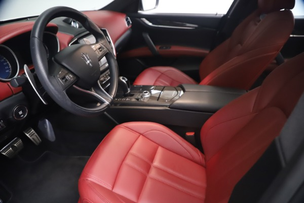 Used 2018 Maserati Ghibli S Q4 GranSport for sale Sold at Maserati of Westport in Westport CT 06880 13