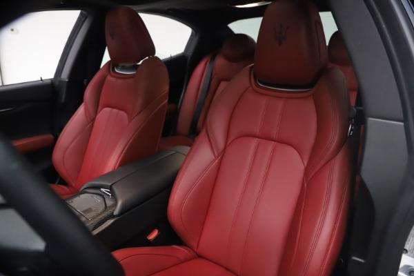 Used 2018 Maserati Ghibli S Q4 GranSport for sale Sold at Maserati of Westport in Westport CT 06880 15