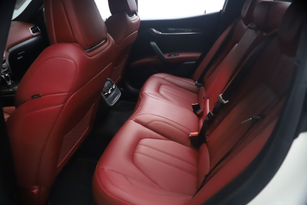 Used 2018 Maserati Ghibli S Q4 GranSport for sale Sold at Maserati of Westport in Westport CT 06880 19
