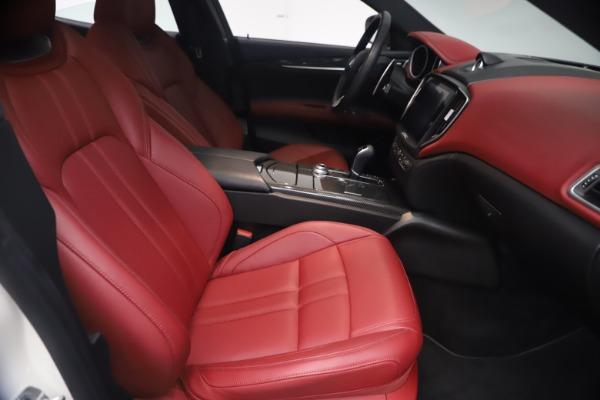 Used 2018 Maserati Ghibli S Q4 GranSport for sale Sold at Maserati of Westport in Westport CT 06880 23