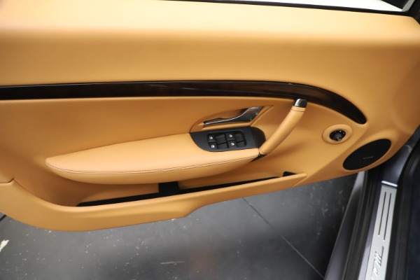 Used 2018 Maserati GranTurismo Sport Convertible for sale $99,900 at Maserati of Westport in Westport CT 06880 23