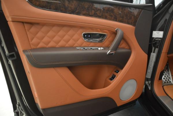 Used 2018 Bentley Bentayga W12 Signature for sale Call for price at Maserati of Westport in Westport CT 06880 20