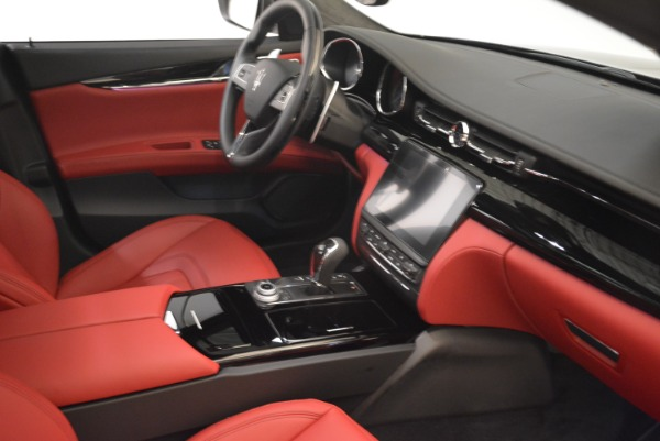 New 2018 Maserati Quattroporte S Q4 GranLusso for sale Sold at Maserati of Westport in Westport CT 06880 27