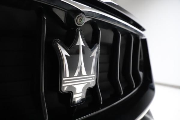 Used 2018 Maserati Levante Q4 GranSport for sale $53,900 at Maserati of Westport in Westport CT 06880 13