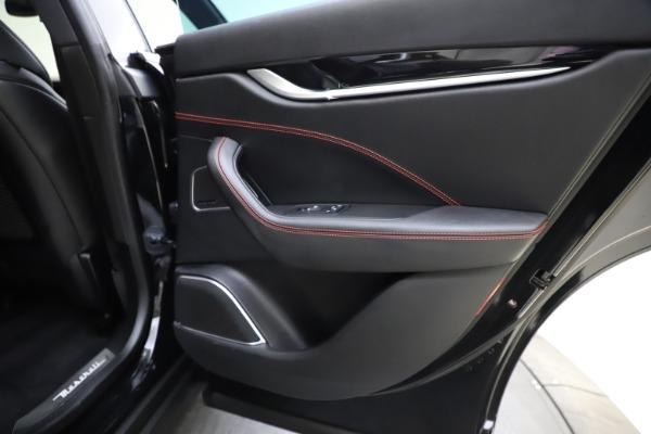 Used 2018 Maserati Levante Q4 GranSport for sale $53,900 at Maserati of Westport in Westport CT 06880 27