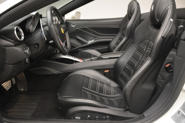 Used 2015 Ferrari California T for sale Sold at Maserati of Westport in Westport CT 06880 26