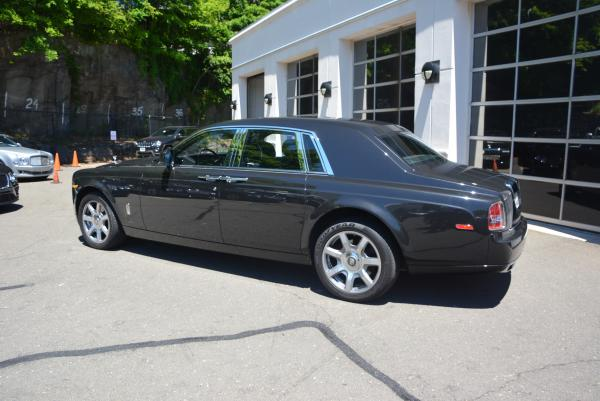New 2016 Rolls-Royce Phantom for sale Sold at Maserati of Westport in Westport CT 06880 4