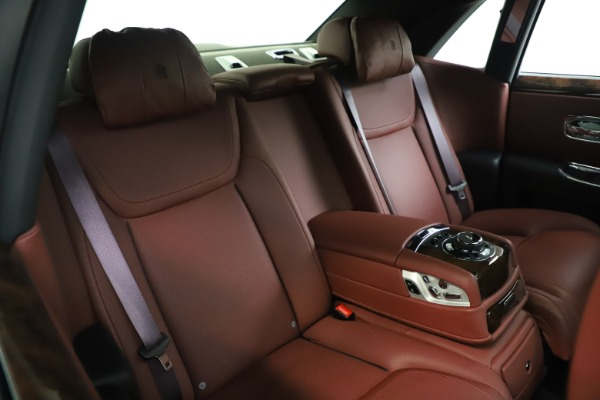 Used 2016 Rolls-Royce Ghost for sale $176,900 at Maserati of Westport in Westport CT 06880 16