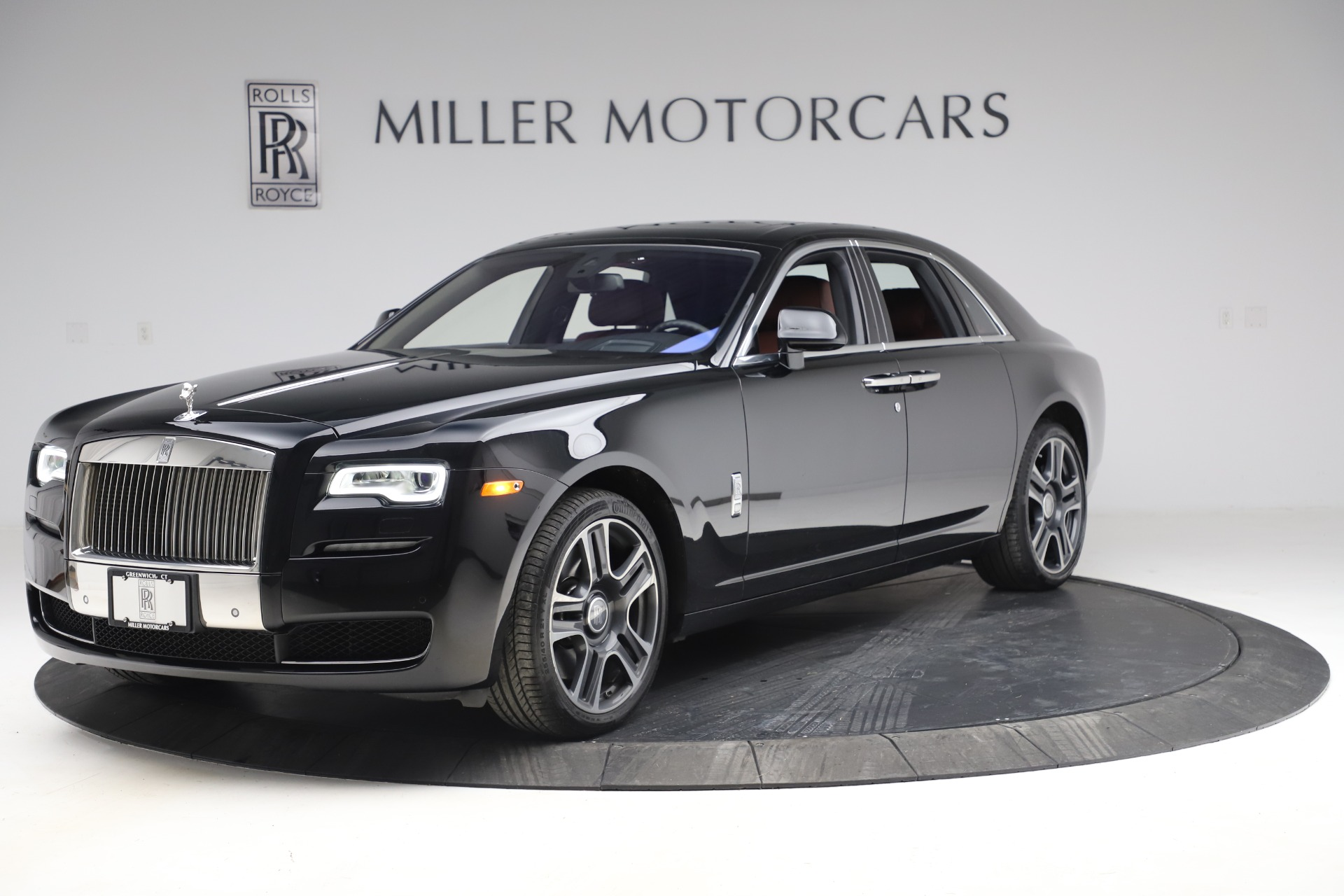 Used 2016 Rolls-Royce Ghost for sale $176,900 at Maserati of Westport in Westport CT 06880 1
