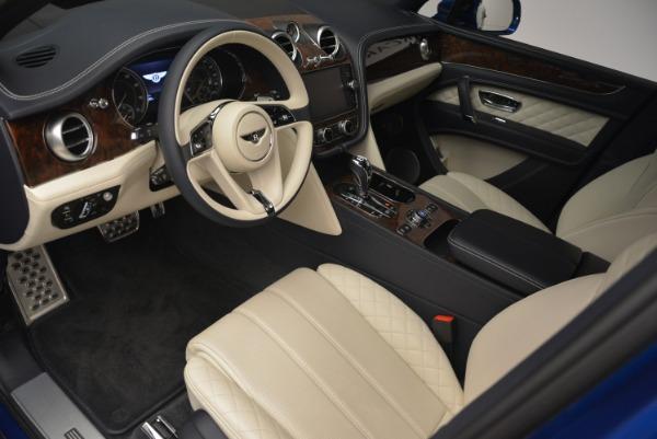 Used 2018 Bentley Bentayga W12 Signature for sale $169,900 at Maserati of Westport in Westport CT 06880 16