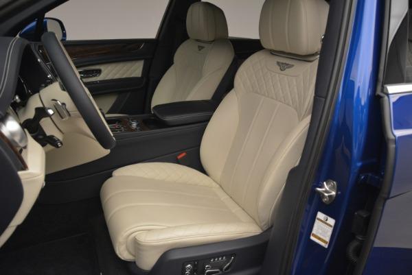 Used 2018 Bentley Bentayga W12 Signature for sale $169,900 at Maserati of Westport in Westport CT 06880 17