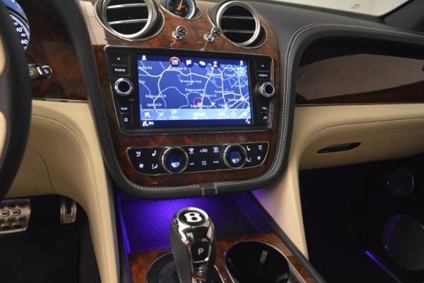 Used 2018 Bentley Bentayga W12 Signature for sale $169,900 at Maserati of Westport in Westport CT 06880 23