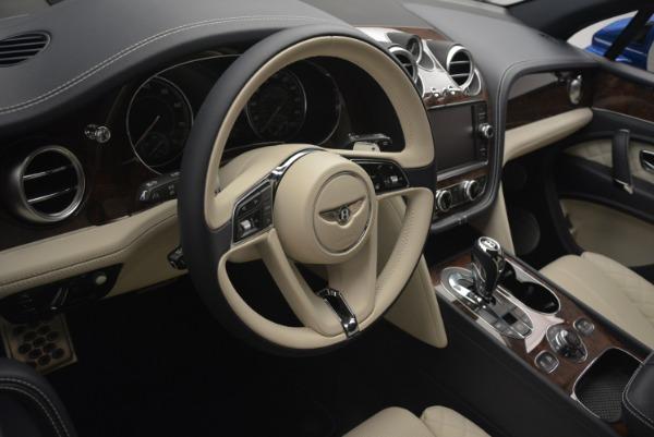 Used 2018 Bentley Bentayga W12 Signature for sale $169,900 at Maserati of Westport in Westport CT 06880 28