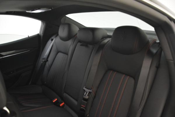 New 2018 Maserati Ghibli S Q4 for sale Sold at Maserati of Westport in Westport CT 06880 25
