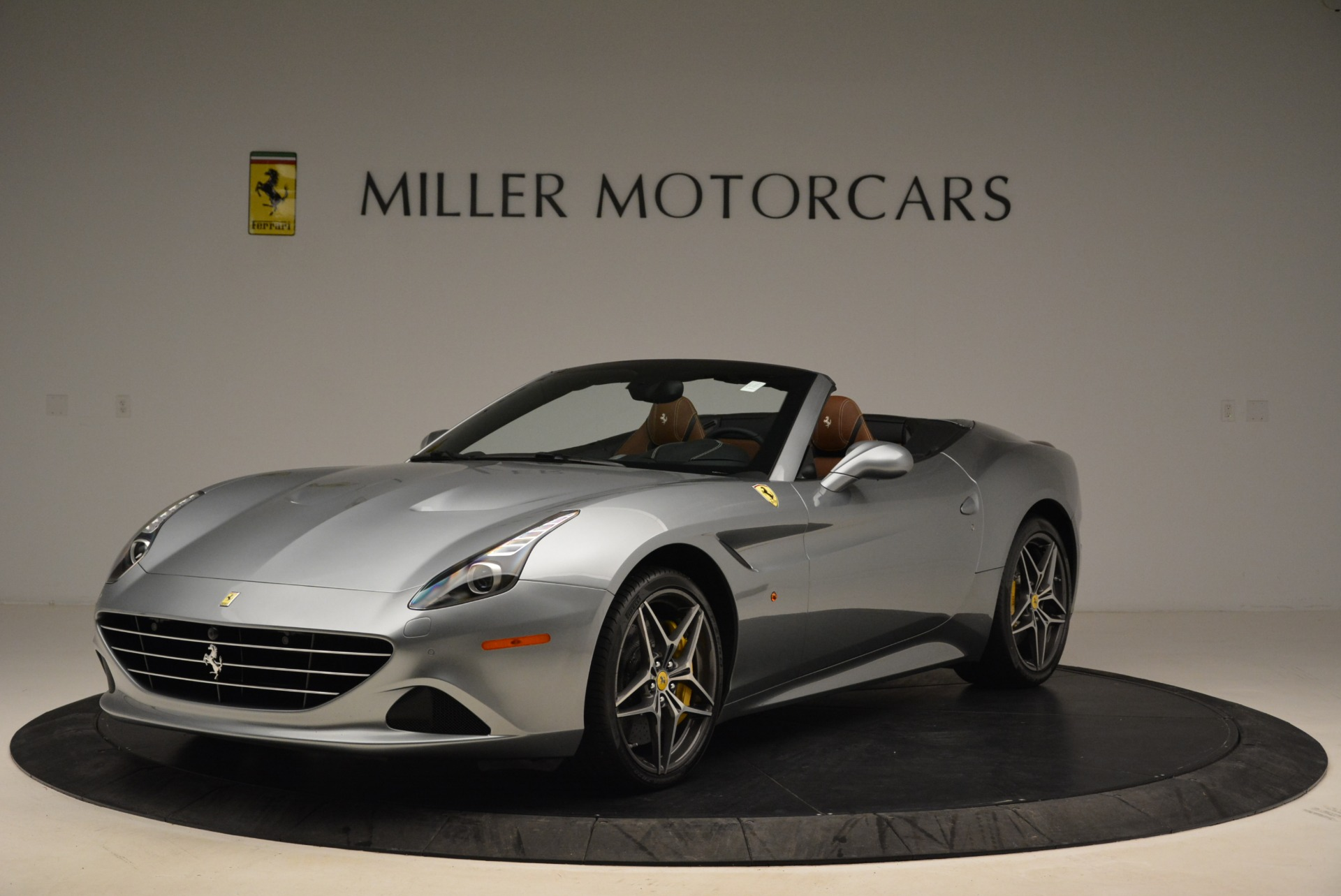 Used 2018 Ferrari California T for sale Sold at Maserati of Westport in Westport CT 06880 1
