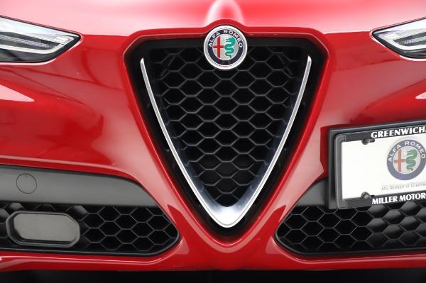Used 2018 Alfa Romeo Stelvio Sport Q4 for sale Sold at Maserati of Westport in Westport CT 06880 13