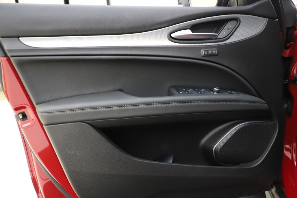 Used 2018 Alfa Romeo Stelvio Sport Q4 for sale Sold at Maserati of Westport in Westport CT 06880 18