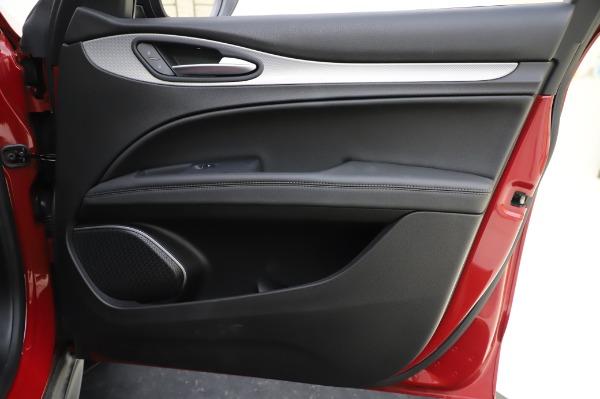 Used 2018 Alfa Romeo Stelvio Sport Q4 for sale Sold at Maserati of Westport in Westport CT 06880 25