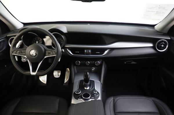 Used 2018 Alfa Romeo Stelvio Sport Q4 for sale Sold at Maserati of Westport in Westport CT 06880 28