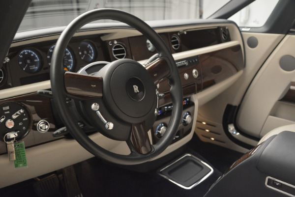 Used 2014 Rolls-Royce Phantom Drophead Coupe for sale Sold at Maserati of Westport in Westport CT 06880 22
