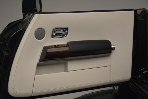 Used 2014 Rolls-Royce Phantom Drophead Coupe for sale Sold at Maserati of Westport in Westport CT 06880 25