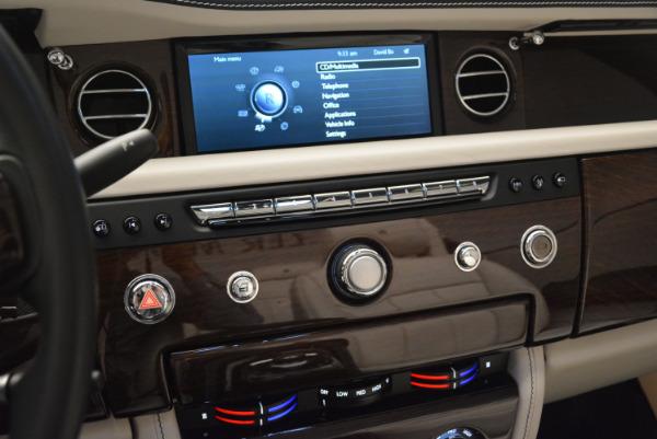 Used 2014 Rolls-Royce Phantom Drophead Coupe for sale Sold at Maserati of Westport in Westport CT 06880 26