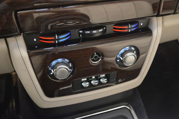 Used 2014 Rolls-Royce Phantom Drophead Coupe for sale Sold at Maserati of Westport in Westport CT 06880 27