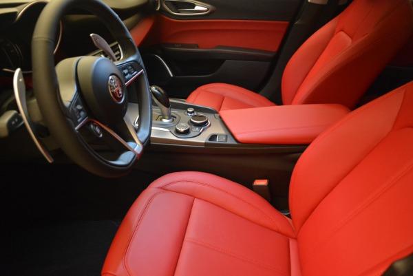 New 2018 Alfa Romeo Giulia Sport Q4 for sale Sold at Maserati of Westport in Westport CT 06880 14