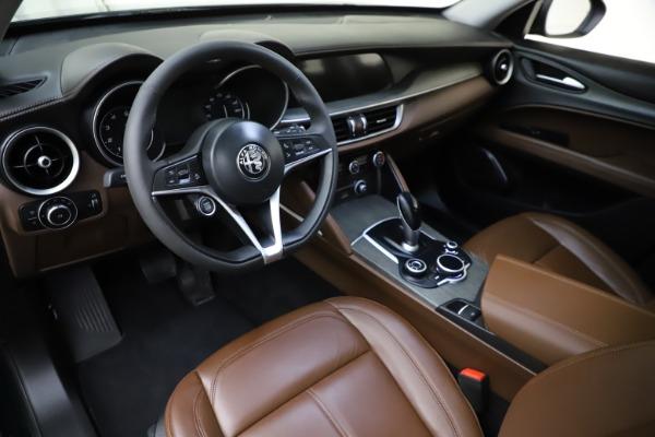 Used 2018 Alfa Romeo Stelvio Ti Q4 for sale $32,900 at Maserati of Westport in Westport CT 06880 13