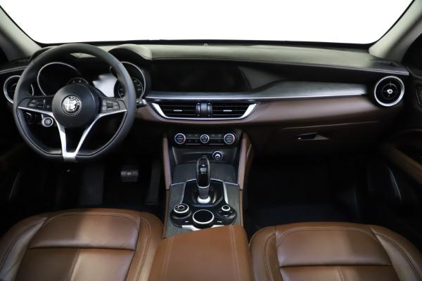 Used 2018 Alfa Romeo Stelvio Ti Q4 for sale $32,900 at Maserati of Westport in Westport CT 06880 16