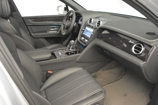 Used 2019 Bentley Bentayga V8 for sale Sold at Maserati of Westport in Westport CT 06880 26