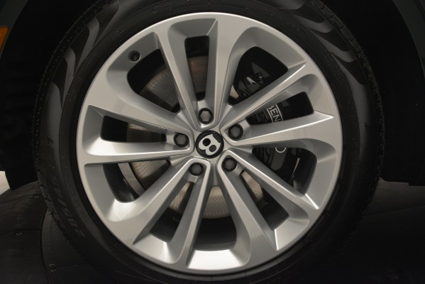 Used 2019 Bentley Bentayga V8 for sale $163,900 at Maserati of Westport in Westport CT 06880 15