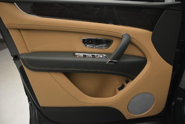 Used 2019 Bentley Bentayga V8 for sale $163,900 at Maserati of Westport in Westport CT 06880 17