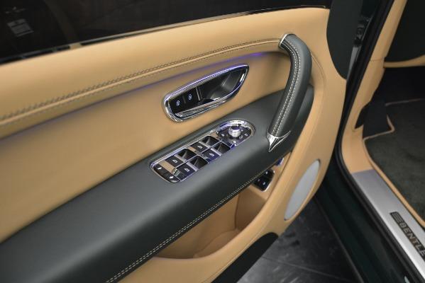 Used 2019 Bentley Bentayga V8 for sale $163,900 at Maserati of Westport in Westport CT 06880 25