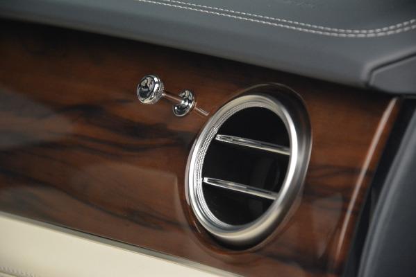 New 2019 Bentley Bentayga V8 for sale Sold at Maserati of Westport in Westport CT 06880 26
