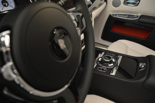 Used 2019 Rolls-Royce Ghost for sale $298,900 at Maserati of Westport in Westport CT 06880 28