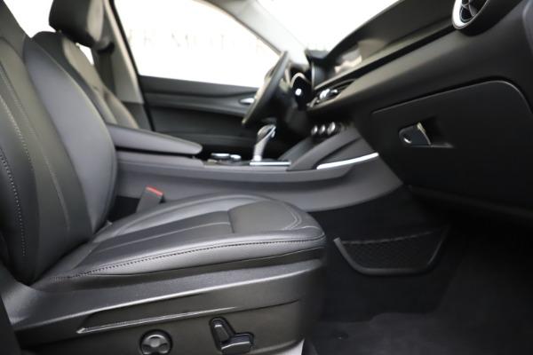 Used 2019 Alfa Romeo Stelvio Q4 for sale Sold at Maserati of Westport in Westport CT 06880 23