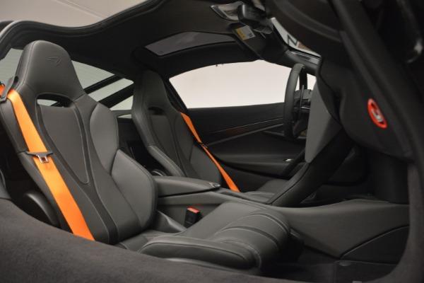 New 2019 McLaren 720S Coupe for sale $336,440 at Maserati of Westport in Westport CT 06880 22