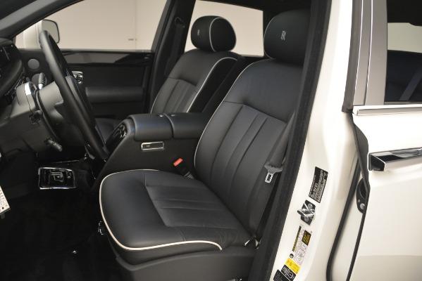 Used 2014 Rolls-Royce Phantom for sale Sold at Maserati of Westport in Westport CT 06880 17