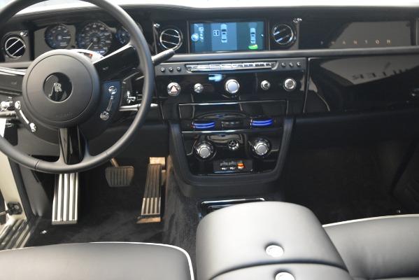 Used 2014 Rolls-Royce Phantom for sale Sold at Maserati of Westport in Westport CT 06880 22