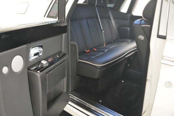 Used 2014 Rolls-Royce Phantom for sale Sold at Maserati of Westport in Westport CT 06880 25