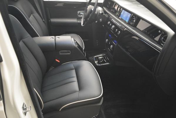 Used 2014 Rolls-Royce Phantom for sale Sold at Maserati of Westport in Westport CT 06880 27