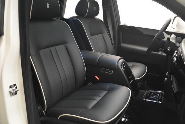 Used 2014 Rolls-Royce Phantom for sale Sold at Maserati of Westport in Westport CT 06880 28